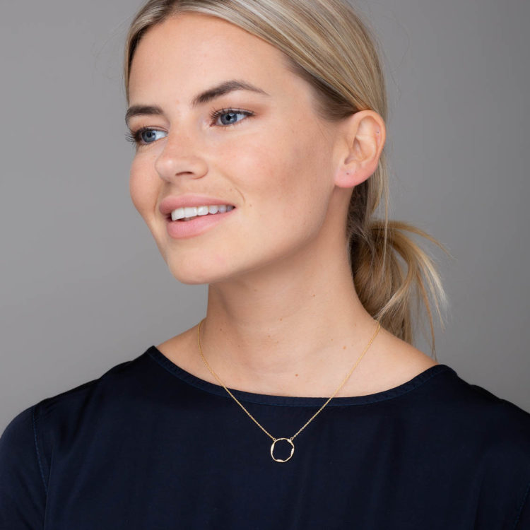 Anya gold circle necklace