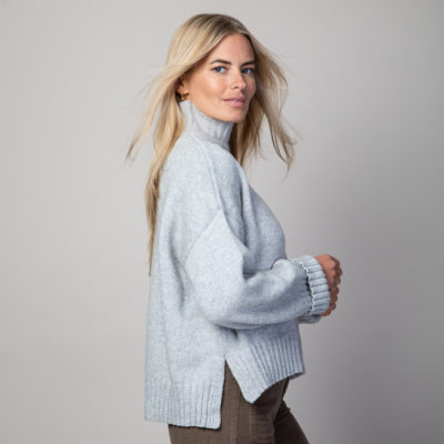 pale grey chunky jumper