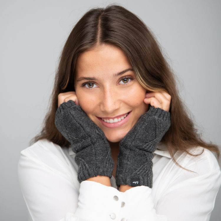 charcoal cable fingerless gloves