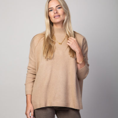 Camel cashmere pullover