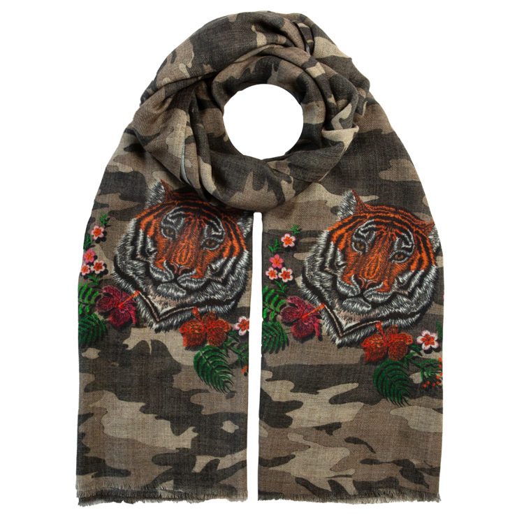 Camouflage Decorated Wool Scarf